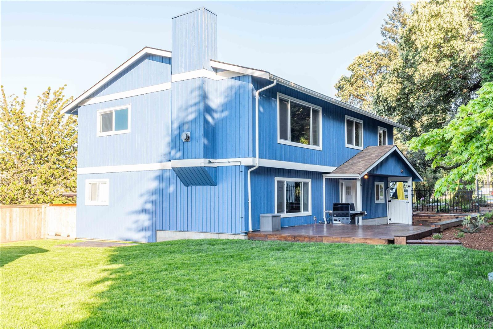 798 Cecil Blogg Drive, Triangle, Colwood