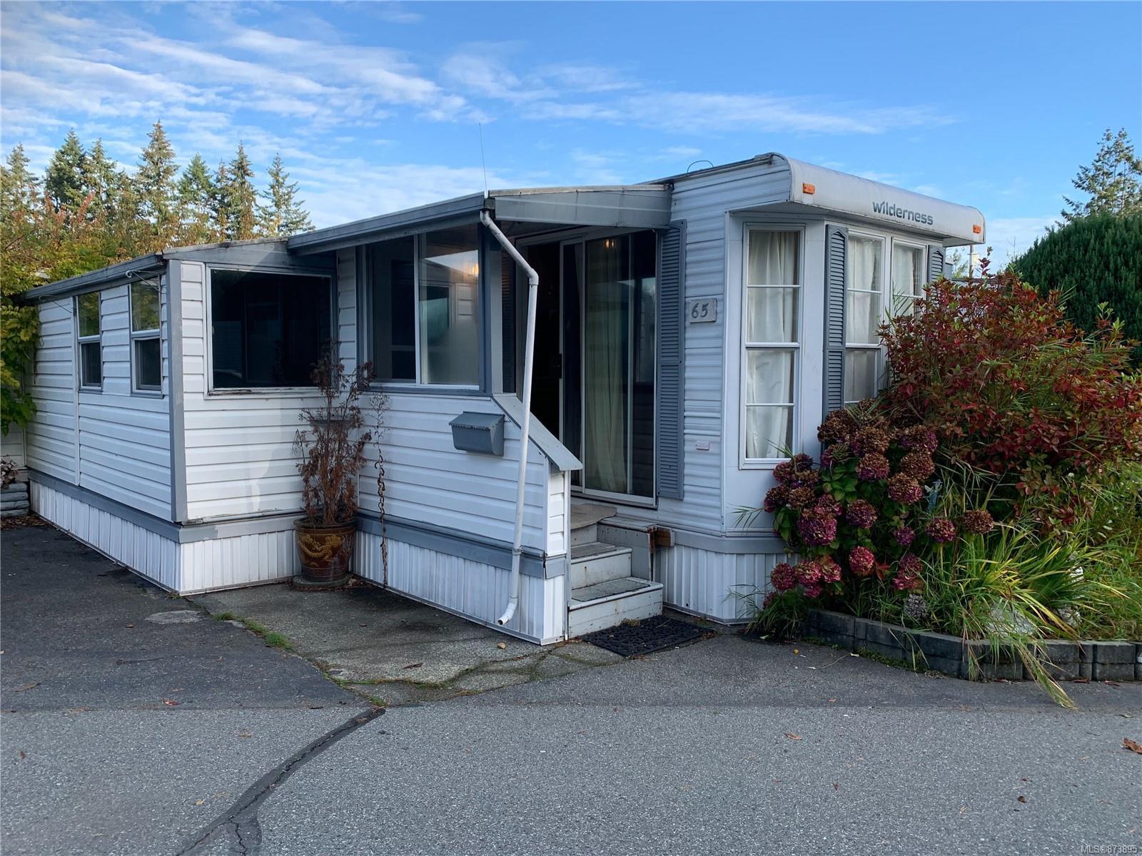 65 - 6245 Metral Drive, Nanaimo photo number 2