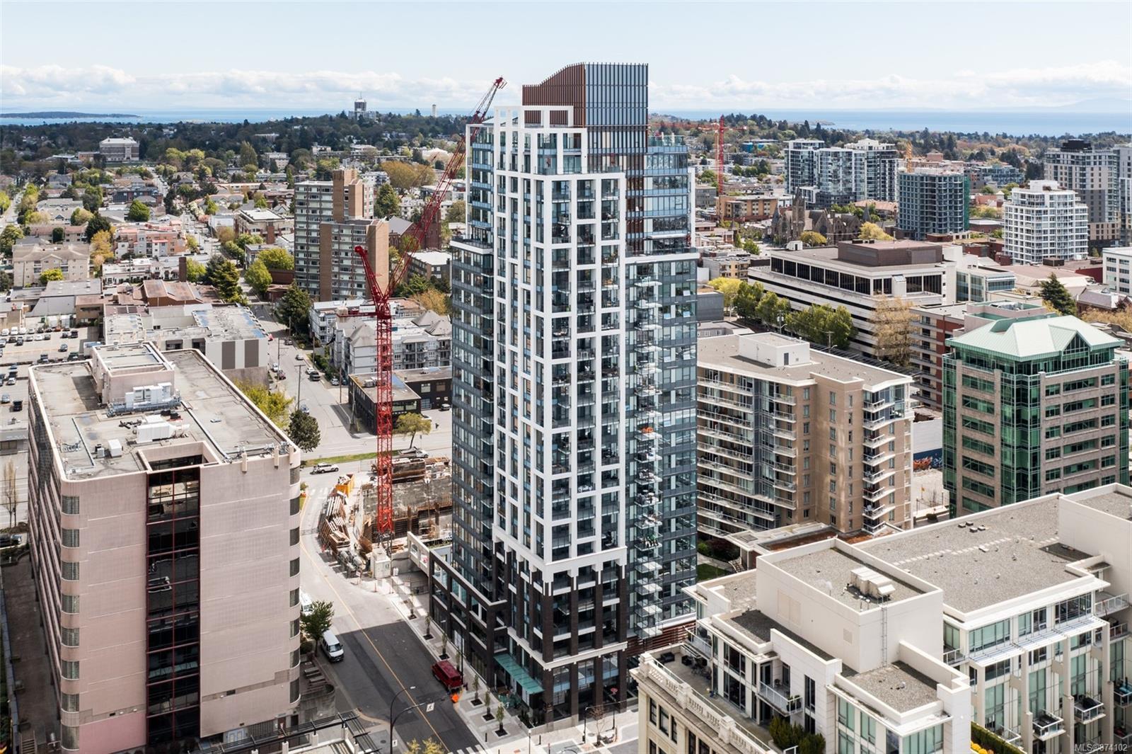 2405 - 777 Herald Street, Downtown, Victoria photo 5