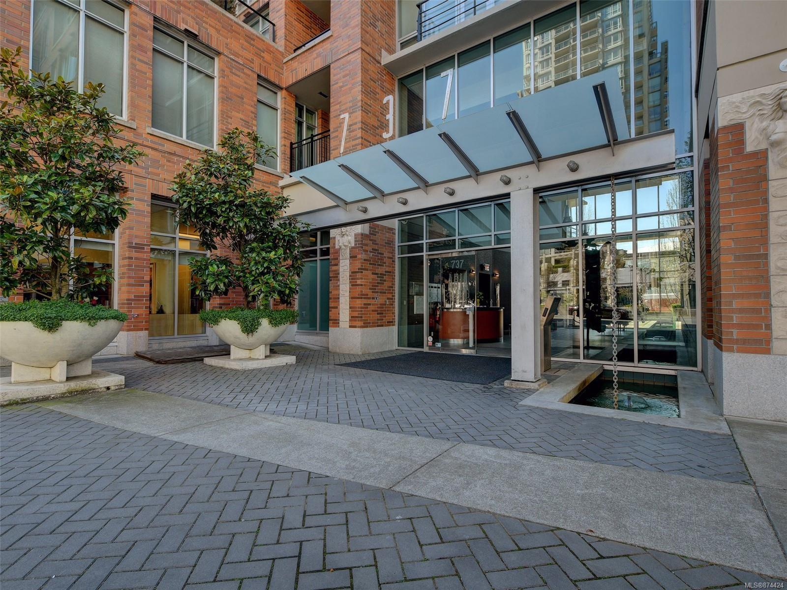 N203 - 737 Humboldt Street, Downtown, Victoria
