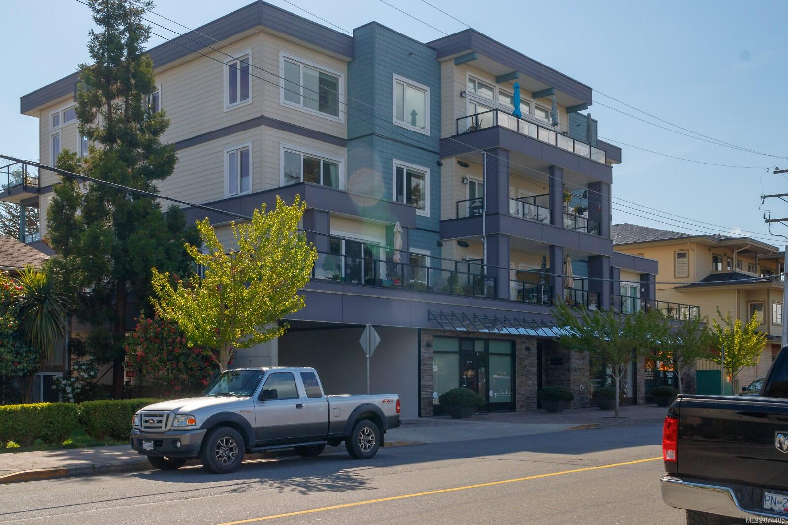 302 - 9717 First Street, Sidney South-East, Sidney