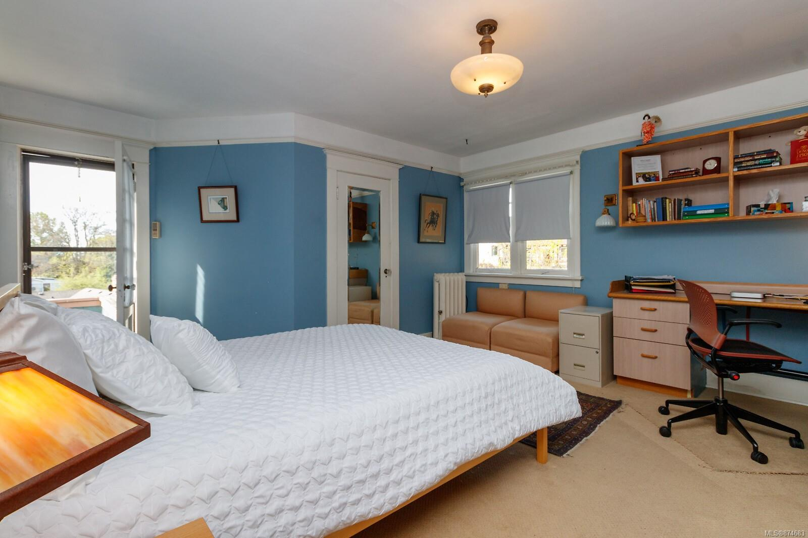 Photo 25 at 3 - 830 St. Charles Street, Rockland, Victoria