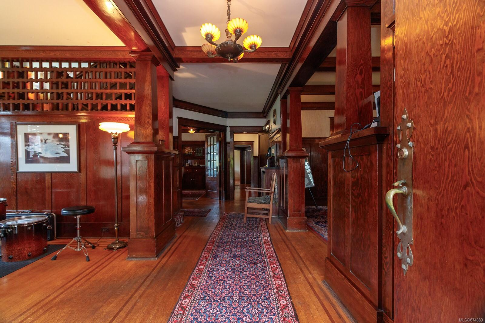 Photo 9 at 3 - 830 St. Charles Street, Rockland, Victoria