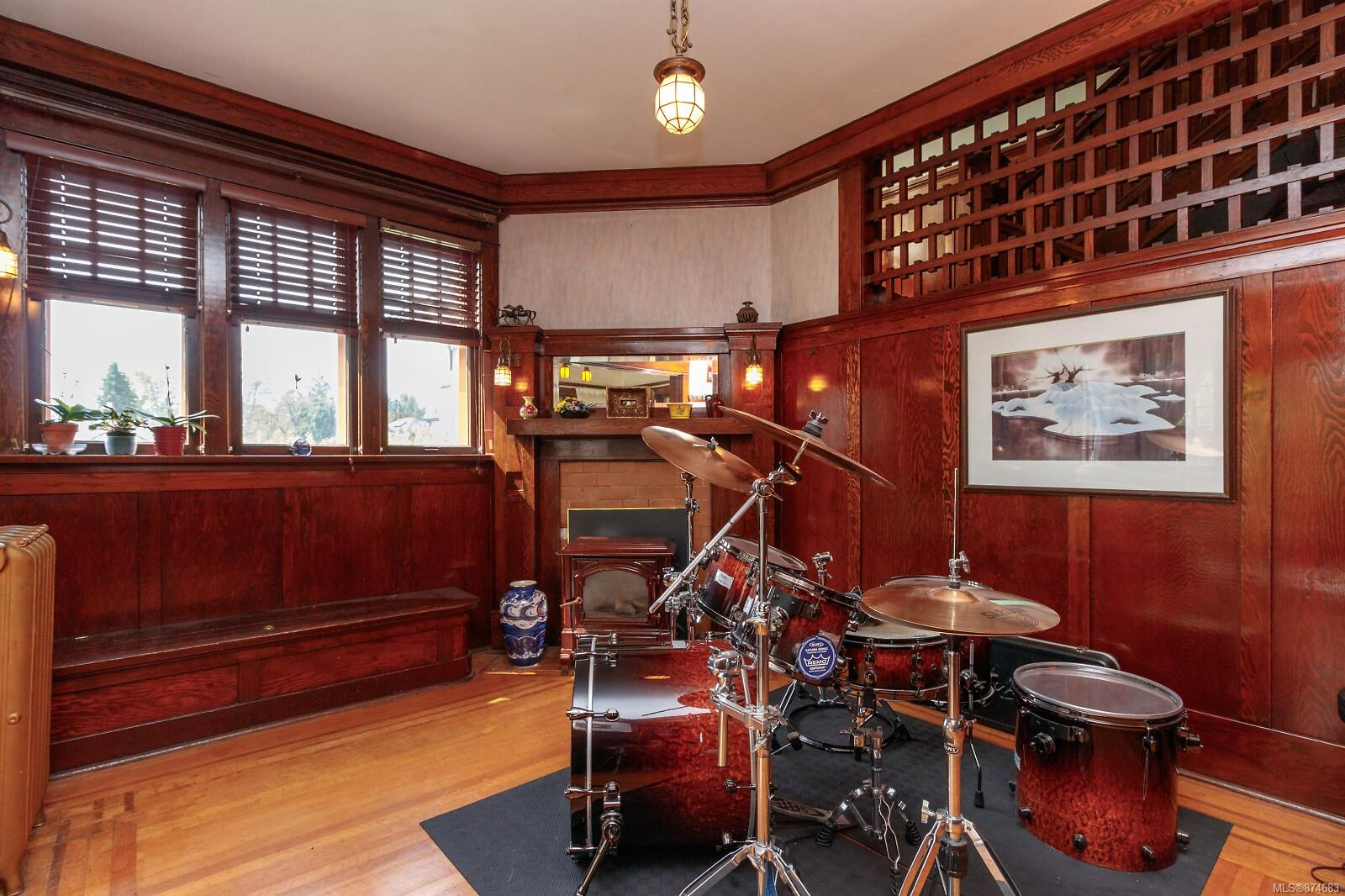 Photo 32 at 3 - 830 St. Charles Street, Rockland, Victoria