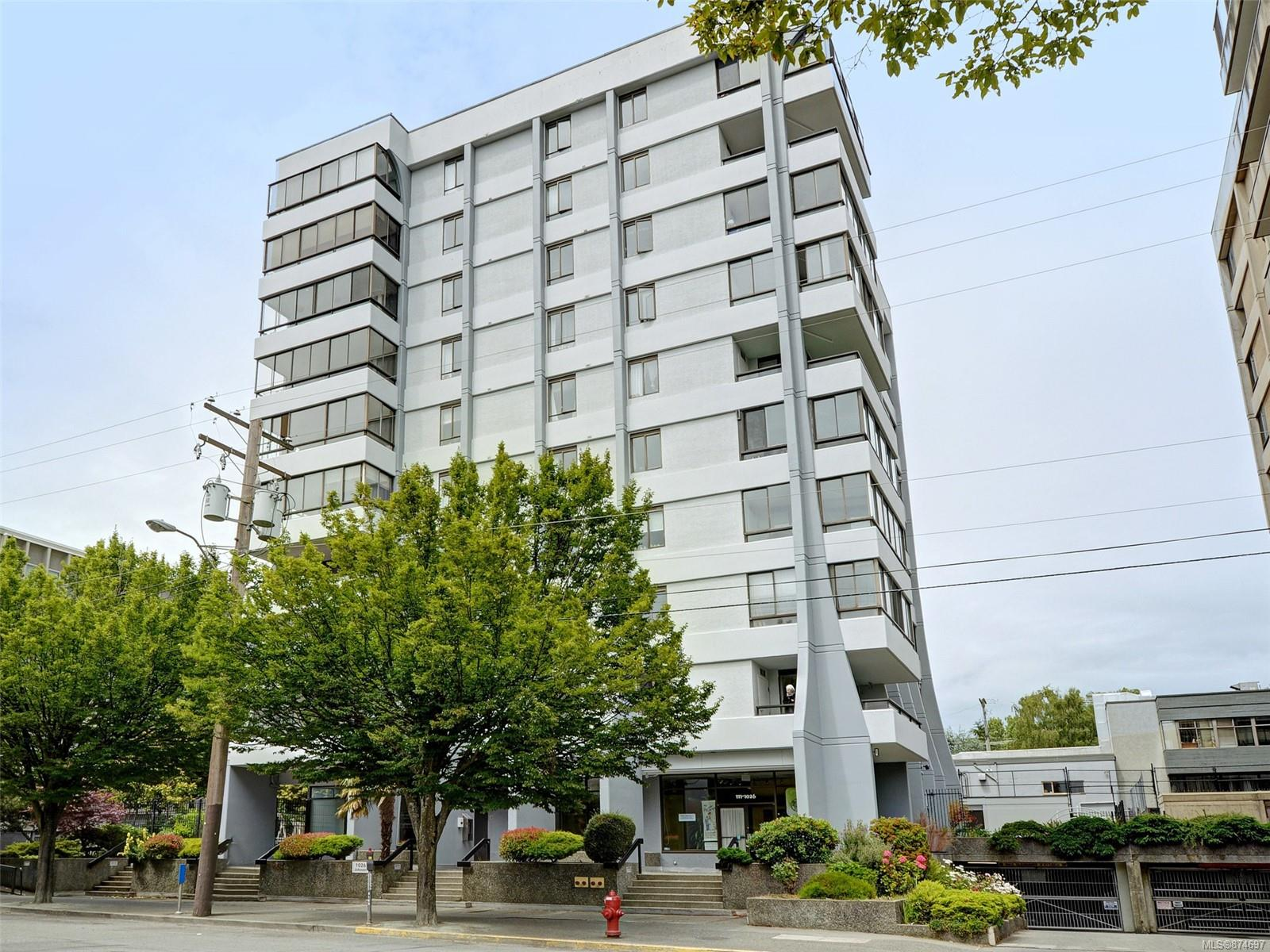 302 - 1026 Johnson Street, Downtown, Victoria