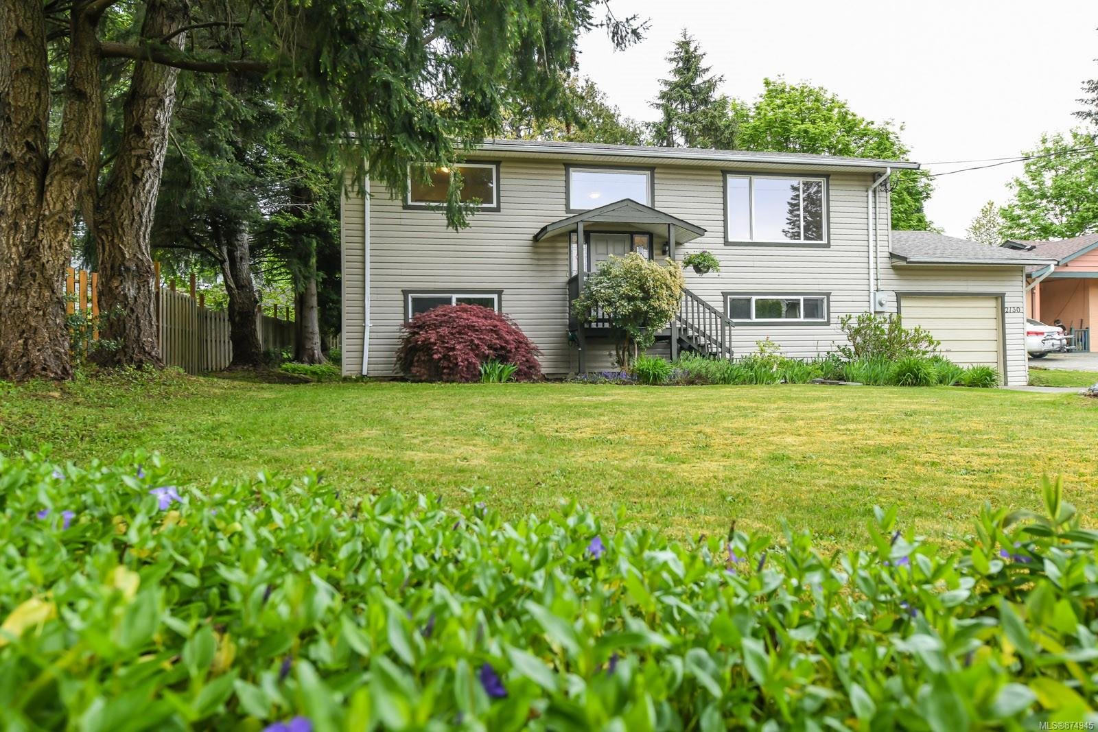 2130 Gull Avenue, Comox Valley photo number 2
