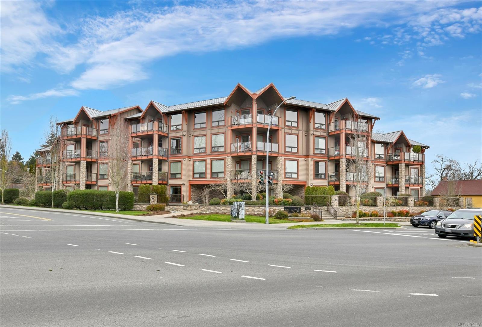 105 - 4529 West Saanich Road, Royal Oak, Saanich West