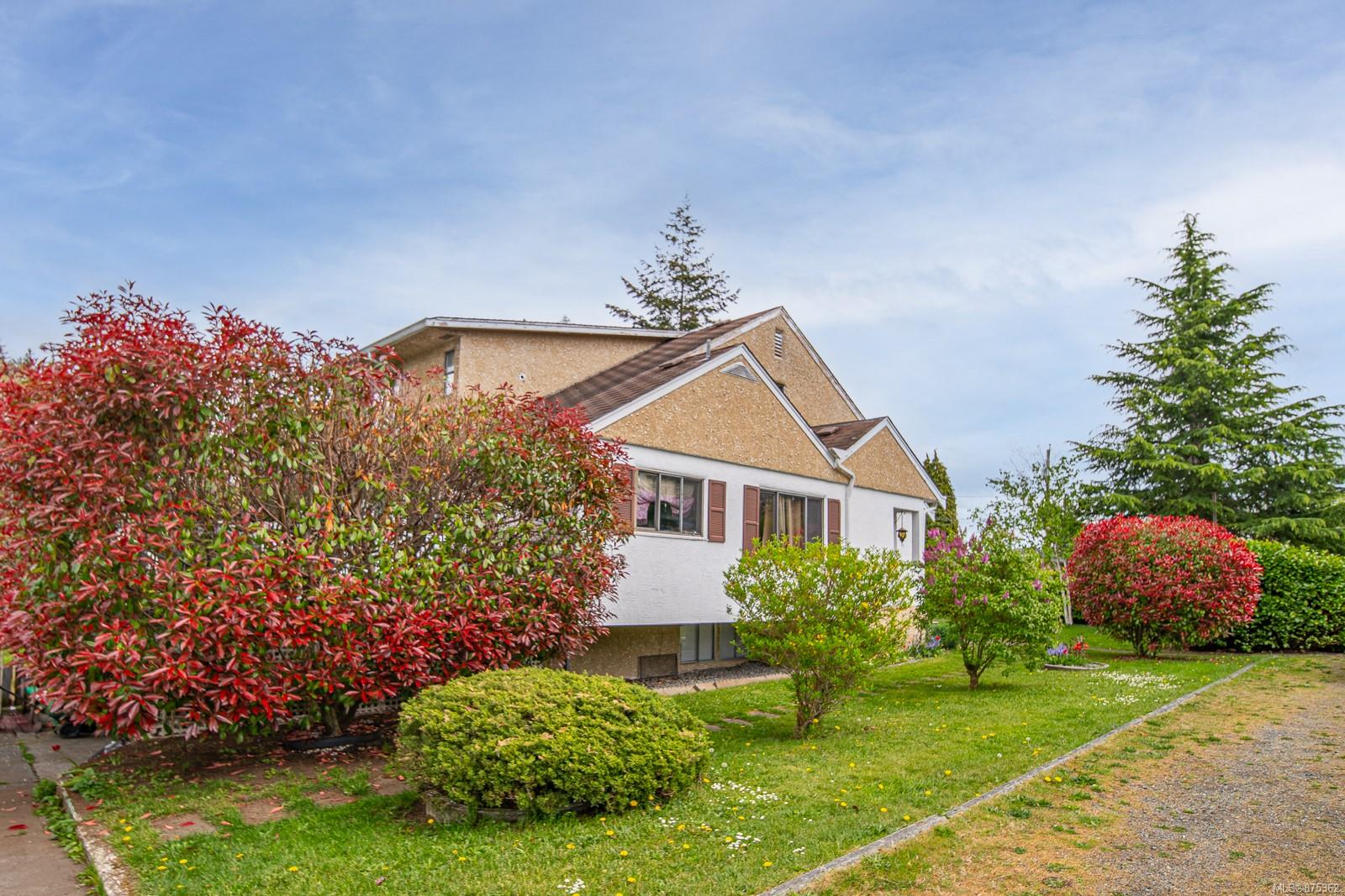 492/496 St. Andrews Street, Nanaimo photo number 2