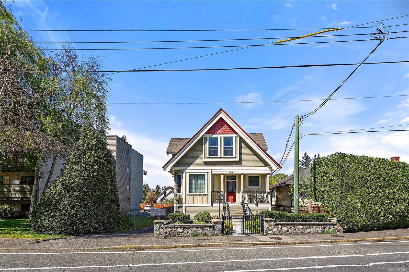 1 - 1376 Pandora Avenue, Fernwood, Victoria photo number 2