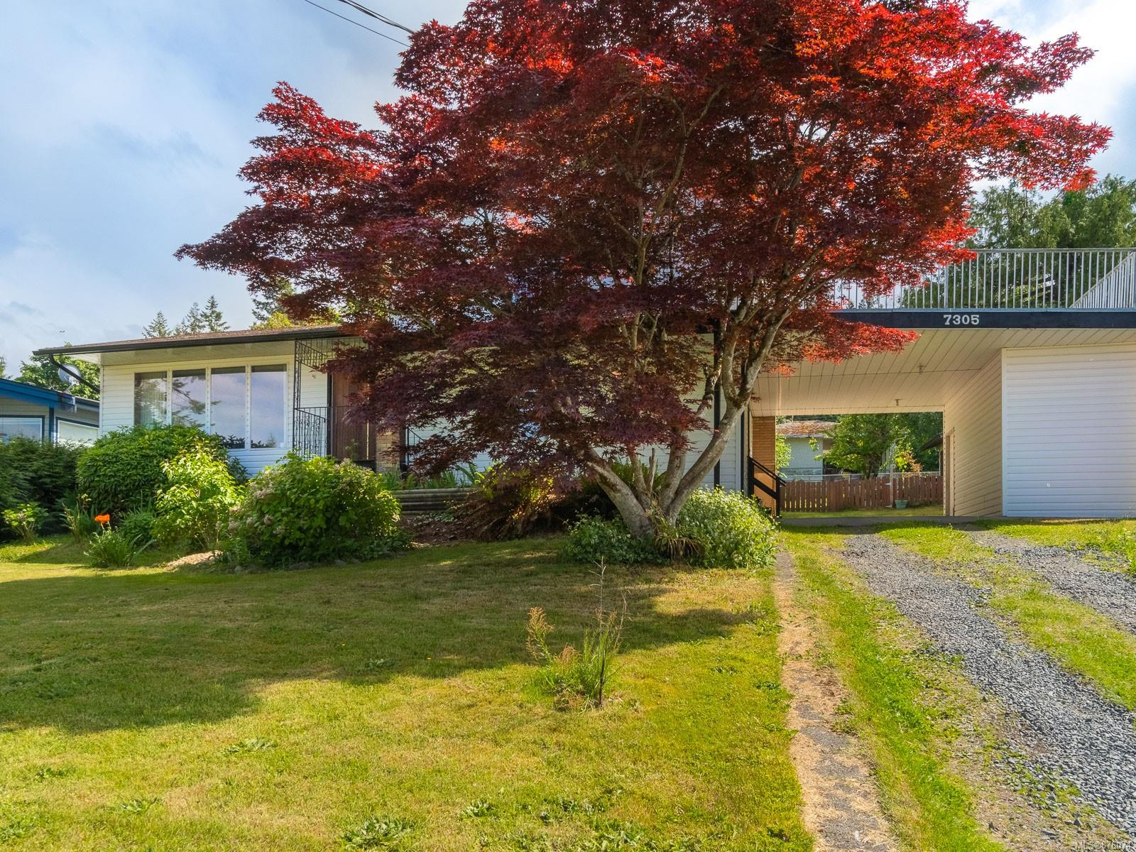7305 Rossiter Avenue, Nanaimo photo number 2