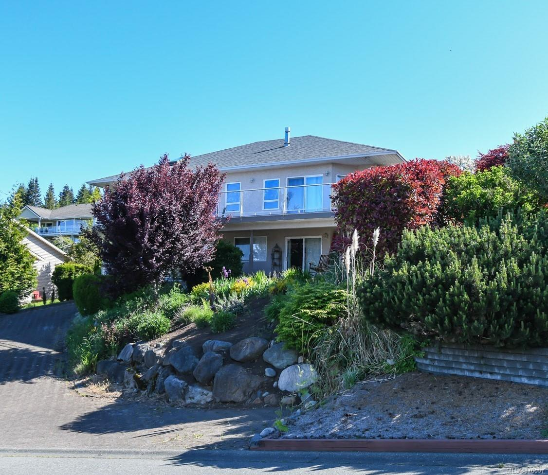 1434 Valley View Drive, Courtenay East, Comox Valley photo number 2