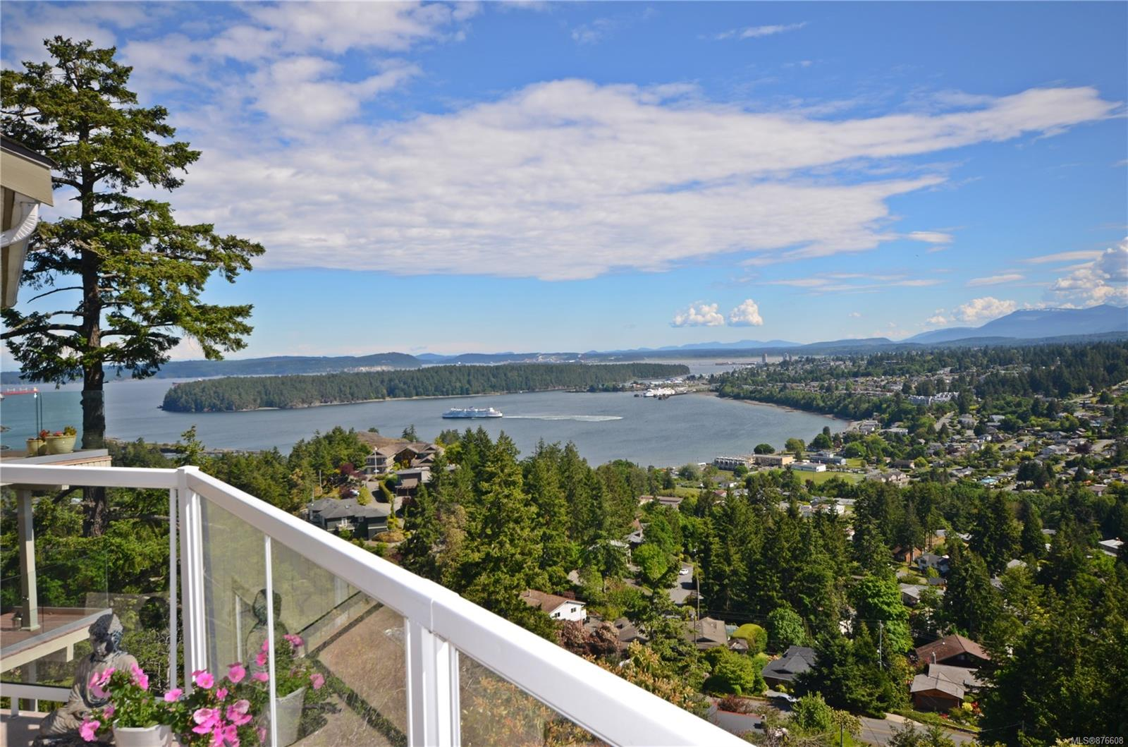 3215 Point Place, Departure Bay, Nanaimo photo number 2