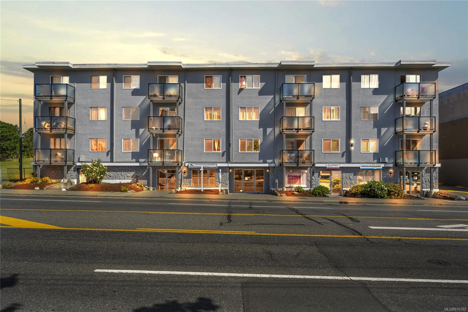 302 - 904 Hillside Avenue, Hillside, Victoria