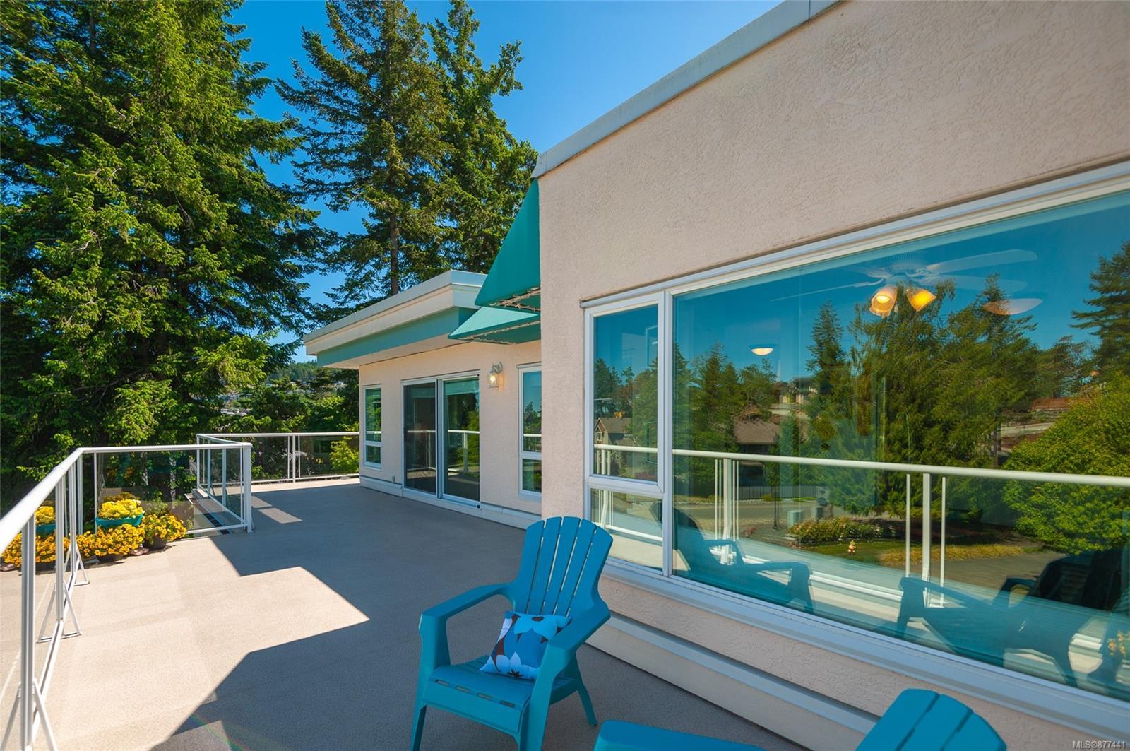 308 - 4965 Vista View Crescent, North Nanaimo, Nanaimo photo number 2