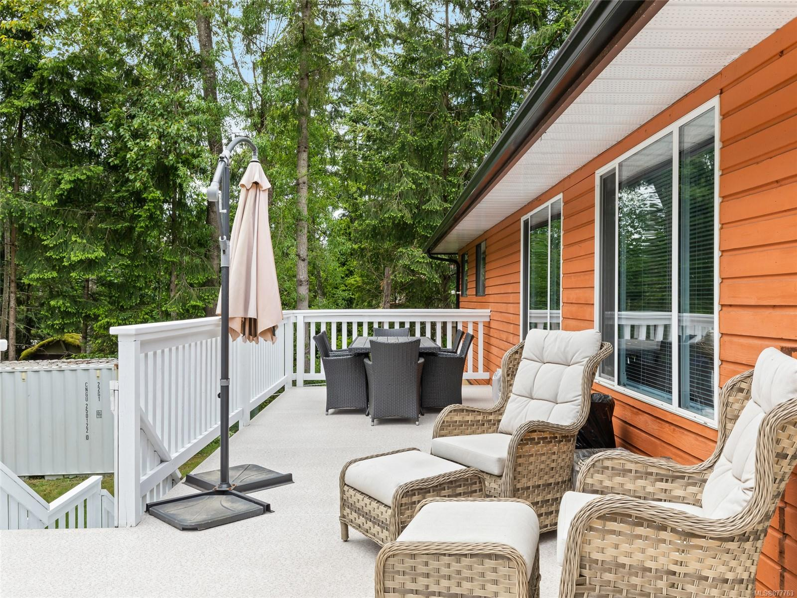 6615 Valley View Drive, Pleasant Valley, Nanaimo photo number 2