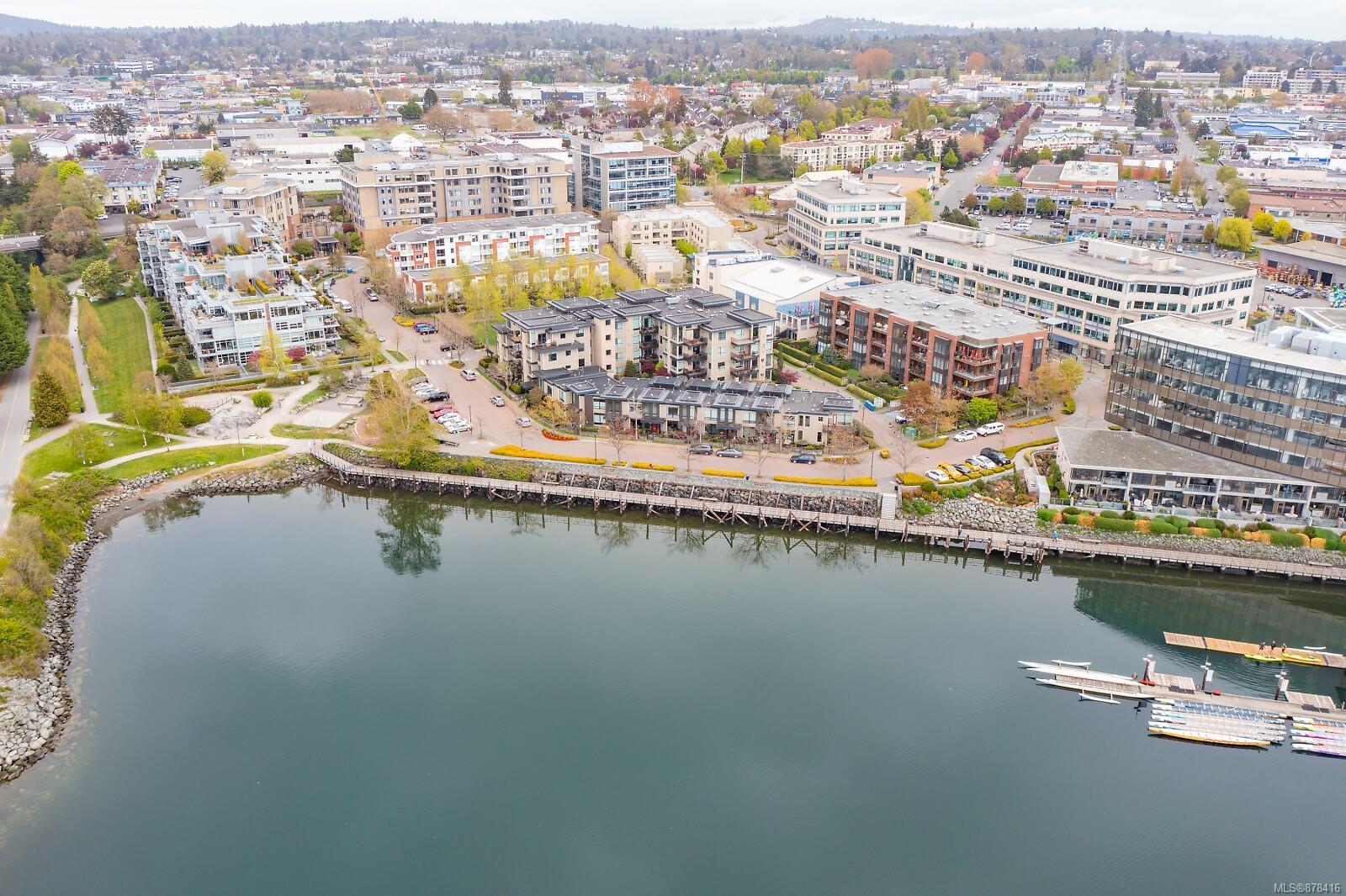 5 - 330 W Waterfront Crescent, Rock Bay, Victoria