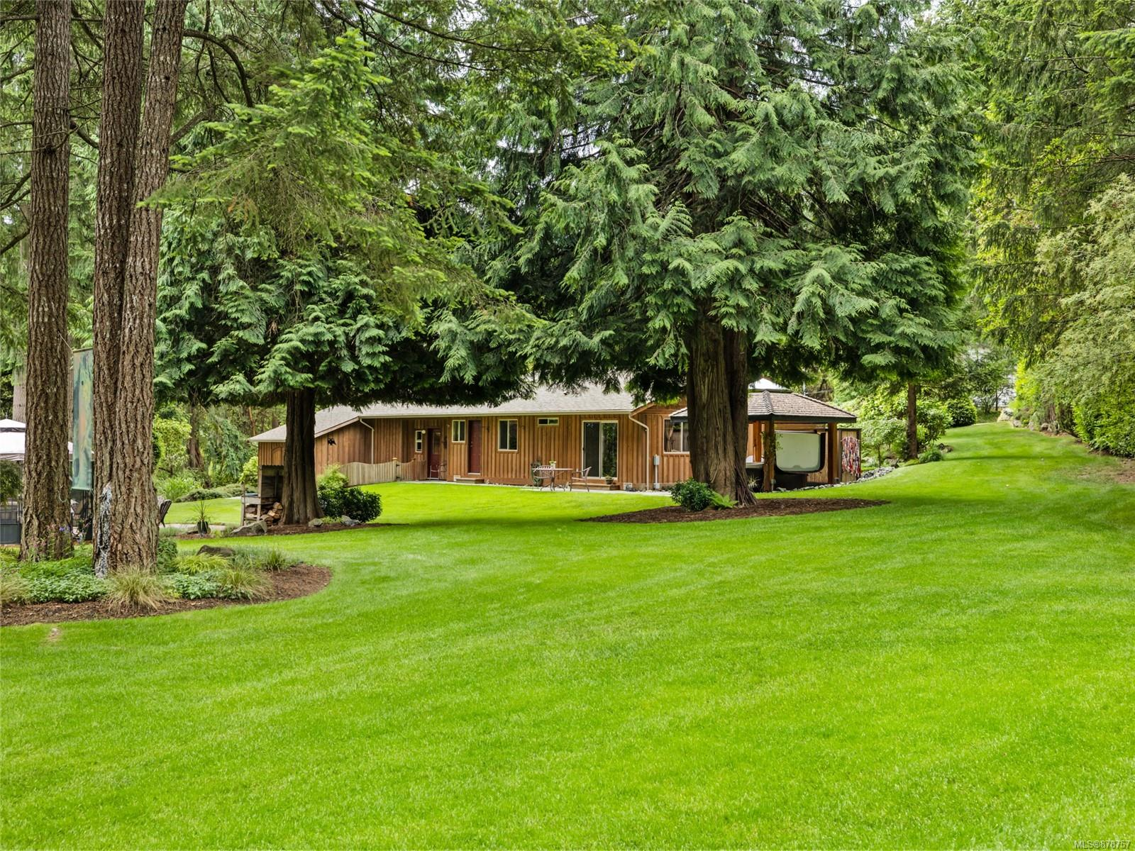 712 Western Acres Road, Nanaimo photo number 2