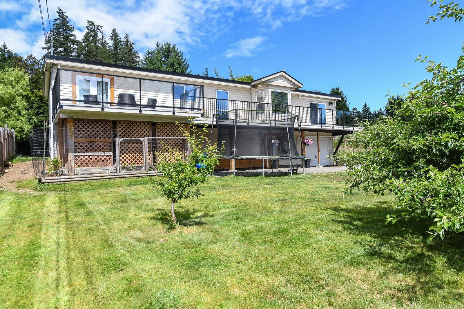 1540 Dingwall Road, Comox Valley photo number 2