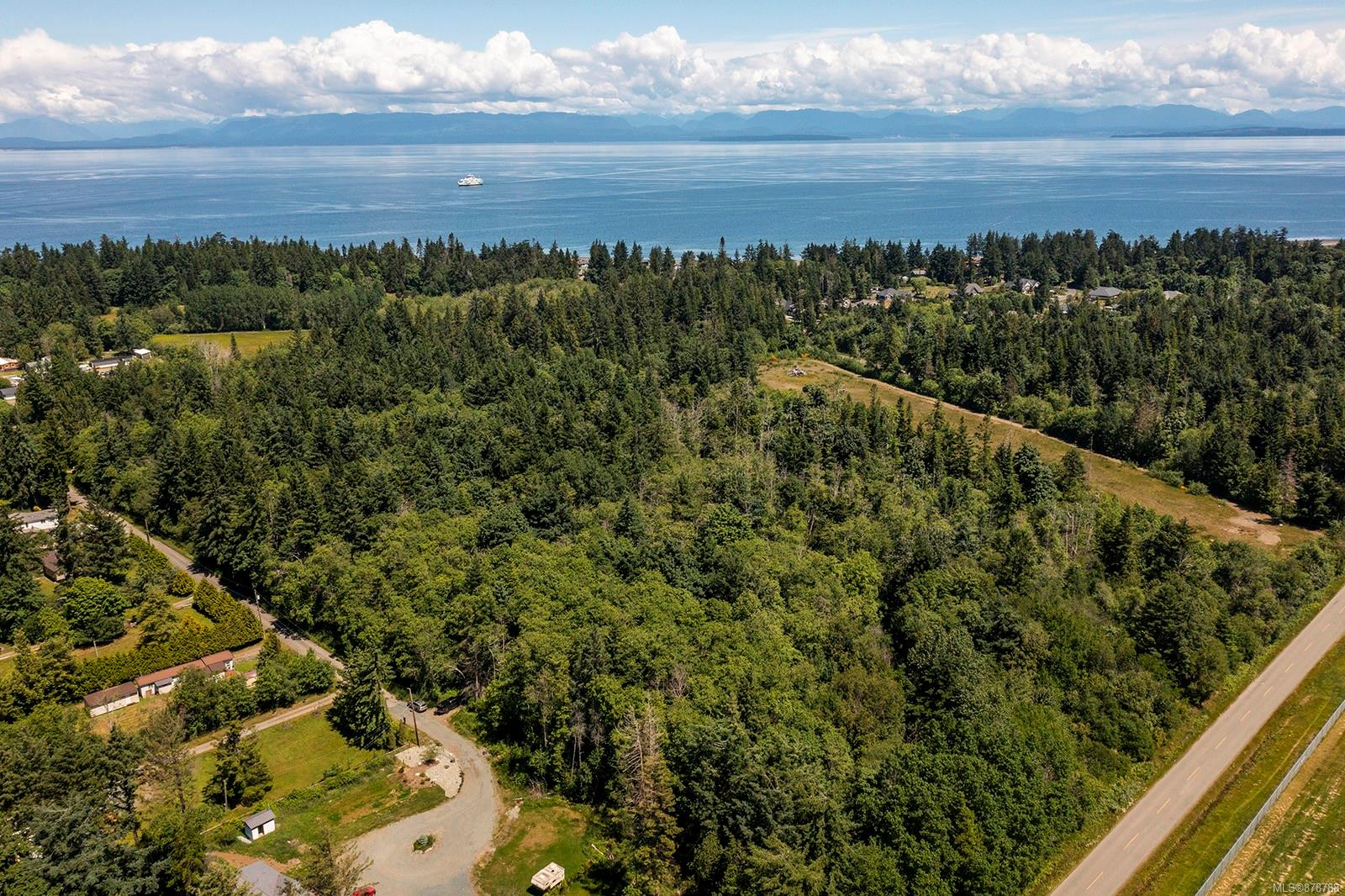 1752 Little River Road, Comox Valley photo number 2