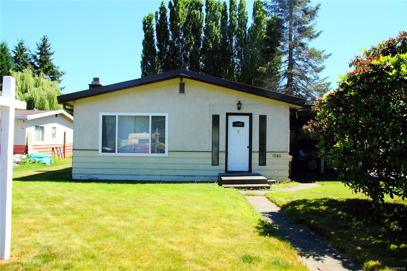 1040 10th Street, Comox Valley photo number 2