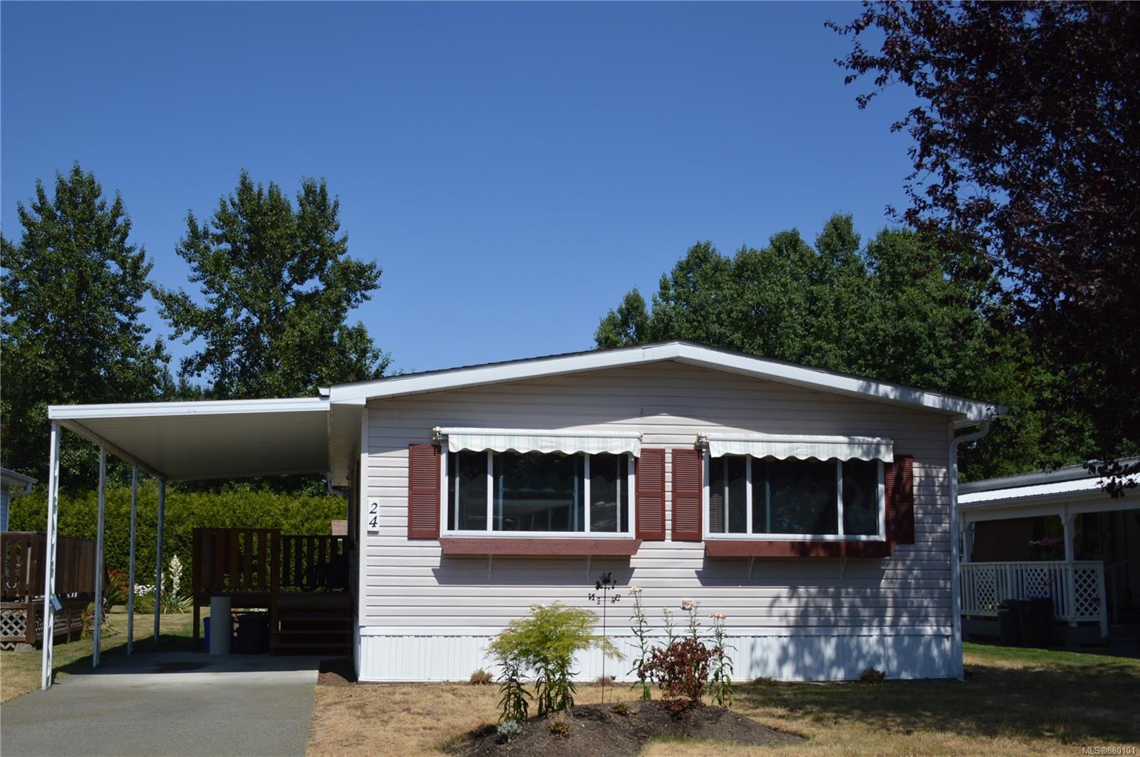 24 - 2140 20th Street, Courtenay City, Comox Valley photo number 2