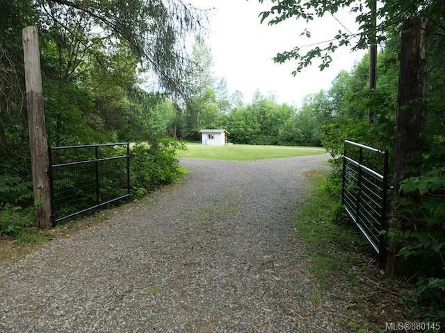 5473 Prendergast Road, Courtenay North, Comox Valley photo number 2