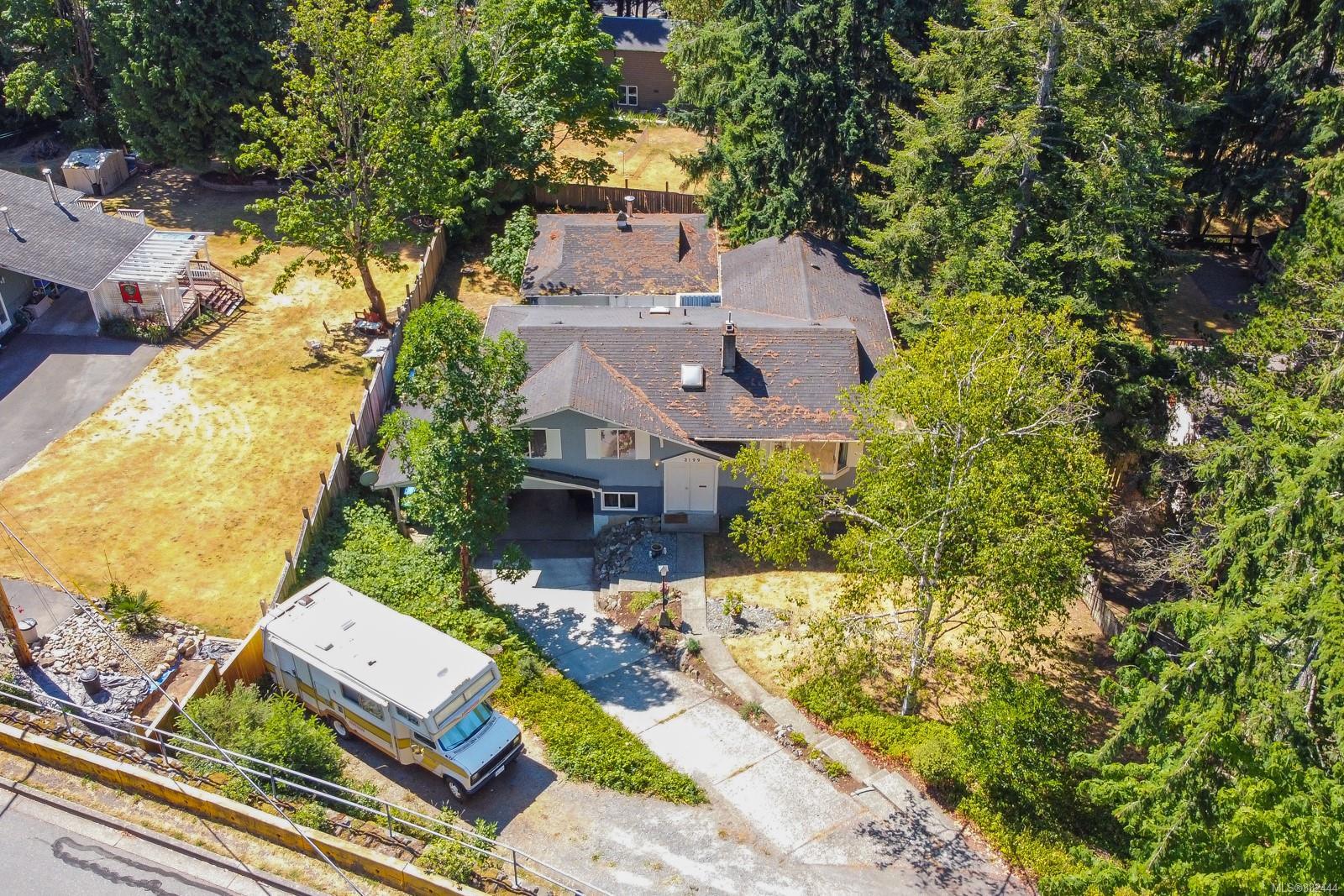 3199 Smugglers Hill Drive, Departure Bay, Nanaimo photo number 2