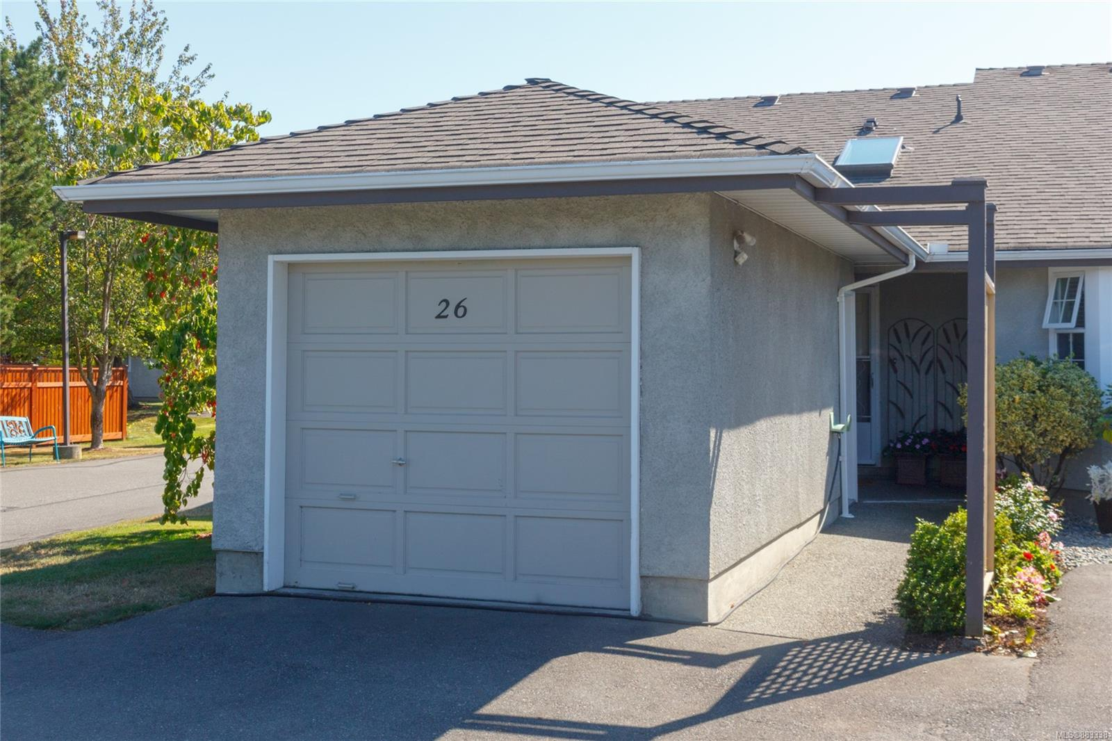 Nicely maintained 2 bedroom townhome in coveted Twin Oaks Village