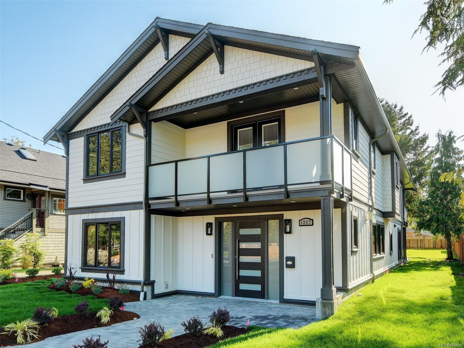 OH Sat 1-3p Fabulous brand new 5 bed, 5 bath 3451 sq ft custom home on a huge 8640 SF lot in South Oak Bay. Rarely do you find builders w/ this level of attention to detail & design! From the moment you step into the open living spaces, you'll appreciate luxurious finishing, wide hallways, glass railings, wide plank Oak floors, radiant in-floor heating & 2 gas fireplaces. You'll love cooking in the chef's kitchen w/ continent-sized island, professional appliances & gas cooktop - all built-in & lots of custom cabinetry & millwork throughout. Upstairs has 4 large bds, rec room, 3 bths & laundry rm. Relax in the huge mstr bdrm w/ private balcony & huge walk-in closet w/ custom organizers. Spa-like ensuite w/ free-standing soaker tub & separate large glass shower. The versatile Nanny suite or office w/ bath on main floor has its own entrance. Fantastic curb appeal, landscaped & off street lane access. Huge fenced backyard w/mature trees. Smart home w/video security system & Google Home.