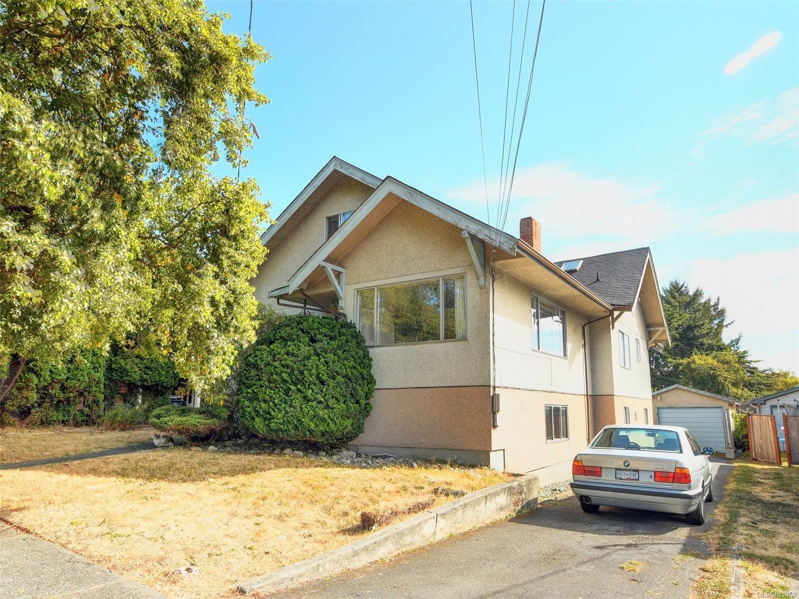 447 S Stannard Avenue, Fairfield West, Victoria photo number 2