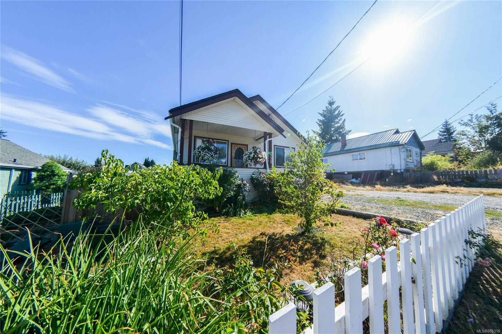 Investor alert...Located in the heart of one of the most popular communities on Vancouver Island. This charming home is one you will want to put on your list. This home features a detached workshop as well as a possible detached 1bedroom in-law suite with its own private entry and parking. This home has been very well maintained and has had many updates over the past few years such as a gas furnace, roof, hot water tank, and almost every Vinyl window have been replaced. This house is move-in ready and has a walkout entry to your walkaround crawlspace. Fully fenced backyard that has 2 amazing well-producing gardens. Be sure to come to check out this Cumberland cutie.