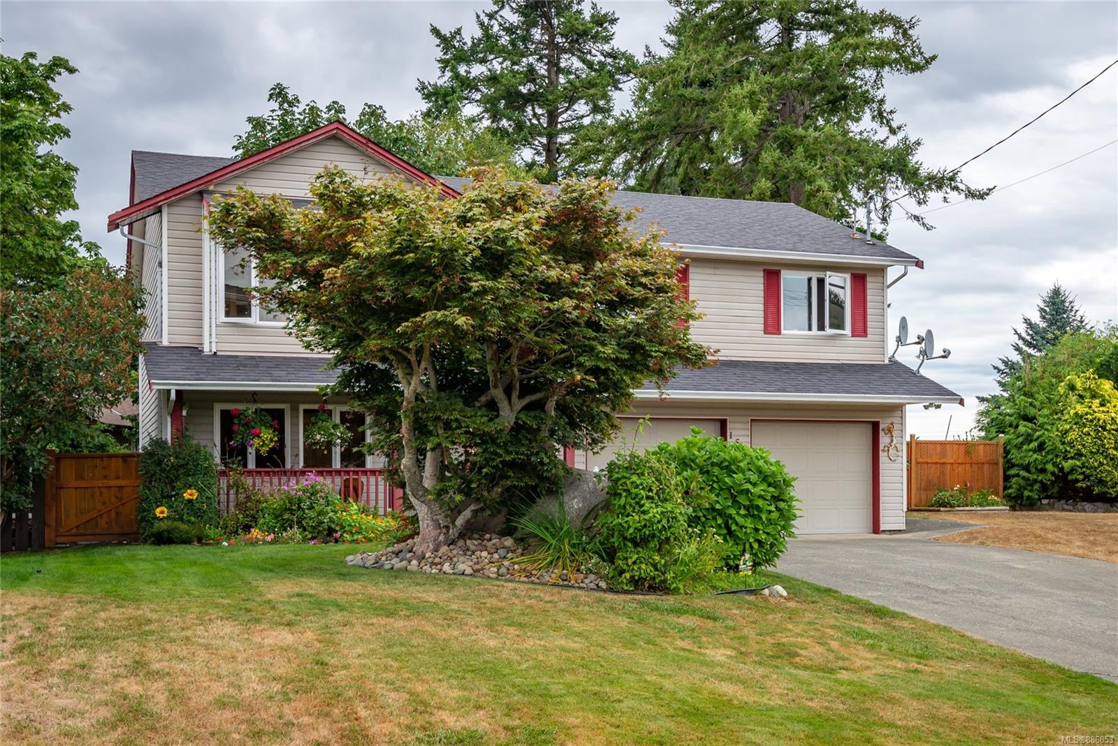158 Country Aire Drive, Willow Point, Campbell River photo number 2