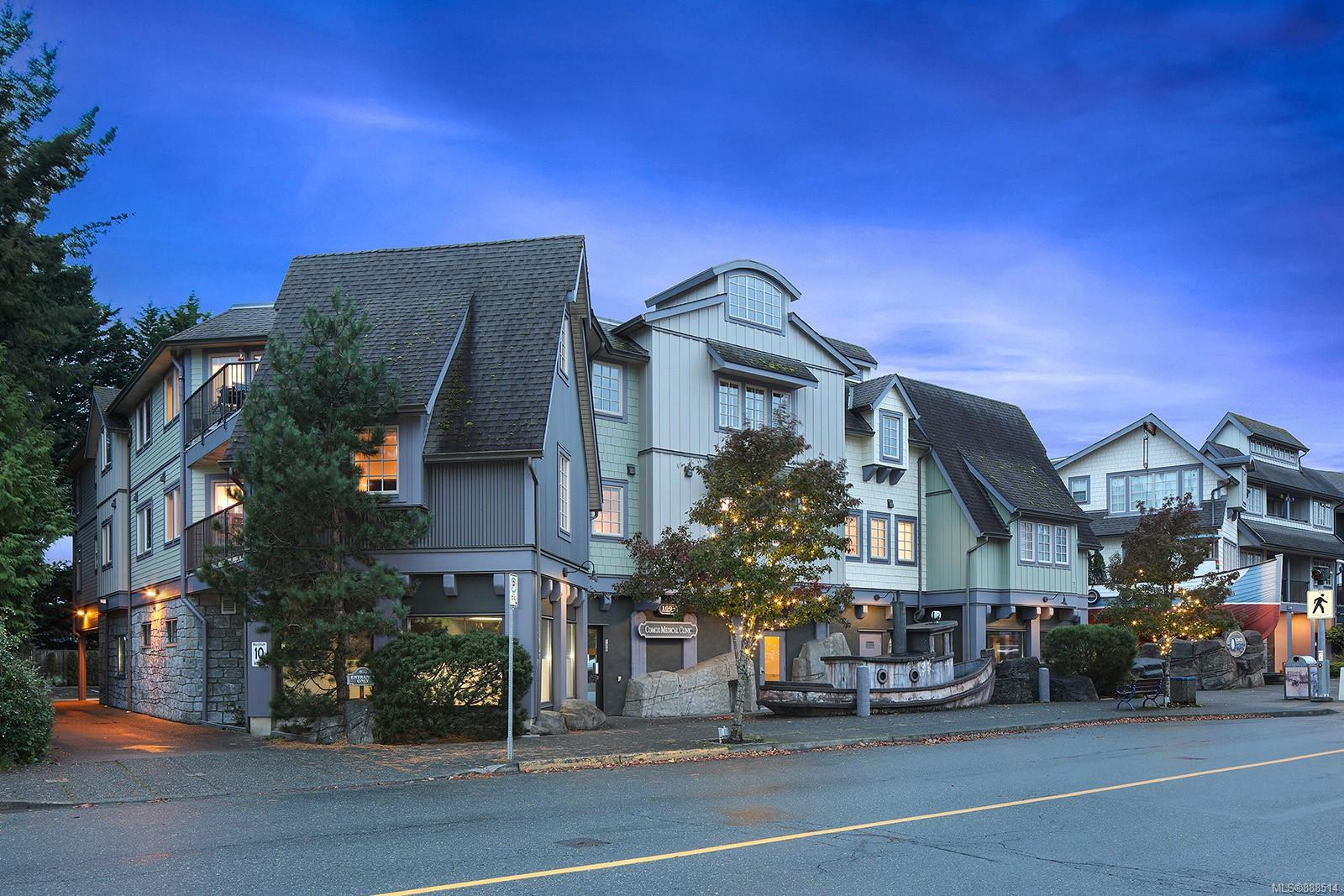 Lovely updated 2 bed 2 bath condo in the Comox Quay! Located right in the heart of the beautiful town of Comox surrounded by all the amenities you could possibly need; coffee shops, banking, groceries, post office, health professionals, restaurants, marina and more! The light filled design and spacious layout give this condo a pleasant feel as soon as you walk in the door. With updated paint, floors, appliances and hot water tank, this space is move-in ready with a bonus storage room downstairs by a covered parking stall. 30+ age complex, no rentals and 1 small cat or dog is permitted.