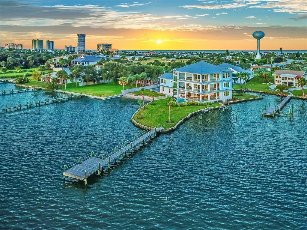 , Residential: 4 Beds, 6 Baths, In DAYTONA BEACH., Wheelchair Accessible Homes