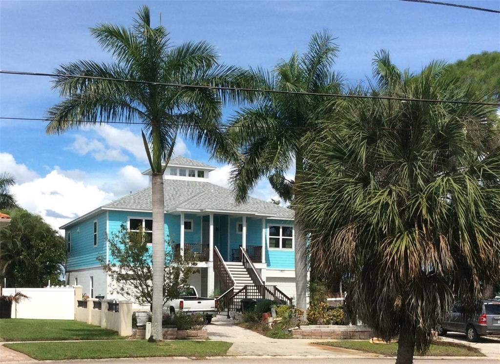 1827 BAYOU GRANDE BOULEVARD NE, ST PETERSBURG FL 33703