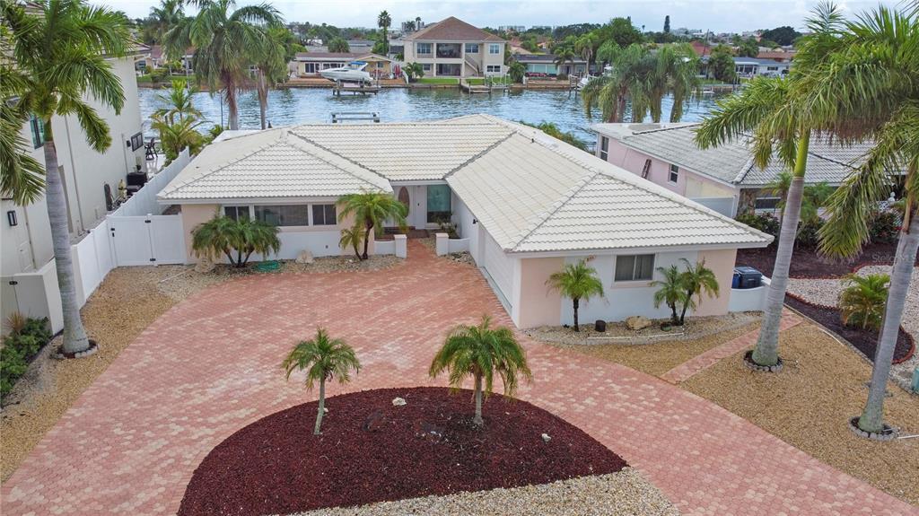 805 CAPRI BOULEVARD, TREASURE ISLAND FL 33706
