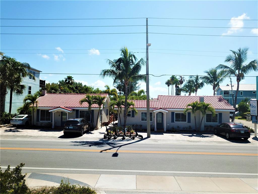 8105 W GULF BOULEVARD, TREASURE ISLAND FL 33706