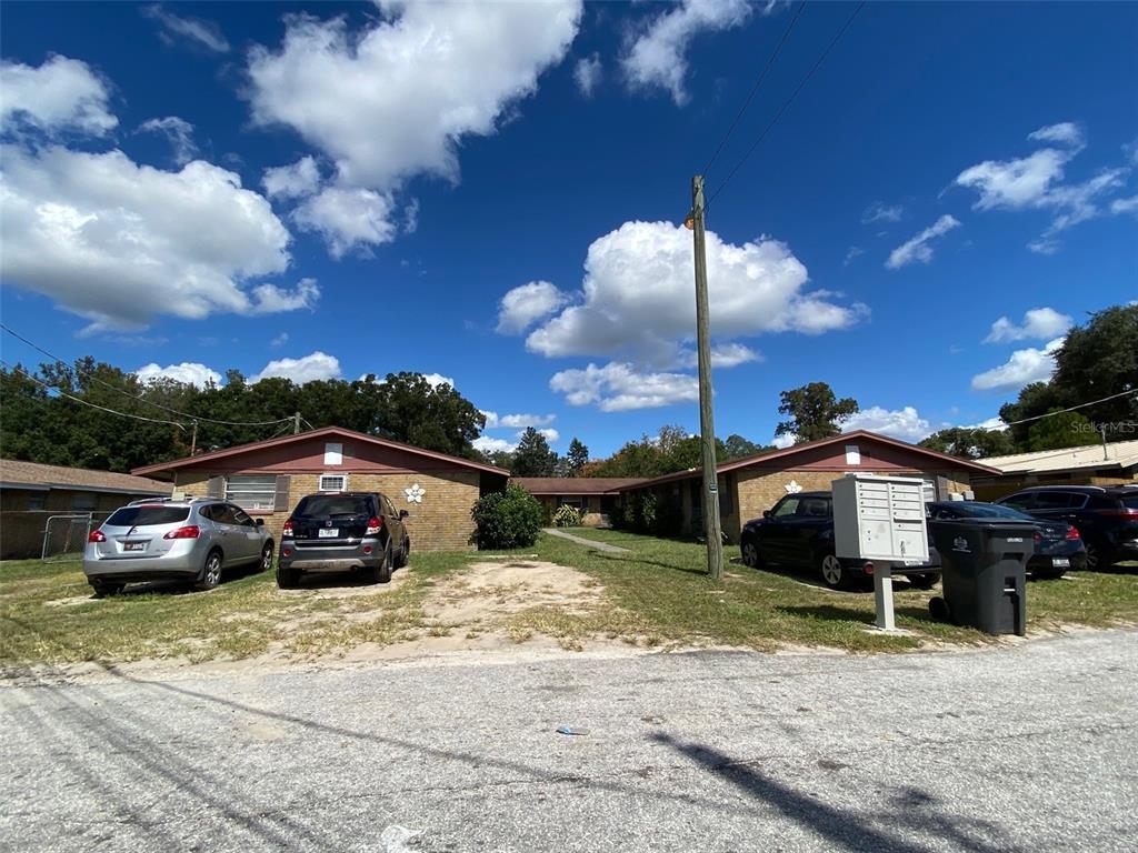 9406 EASTFIELD ROAD, THONOTOSASSA FL 33592