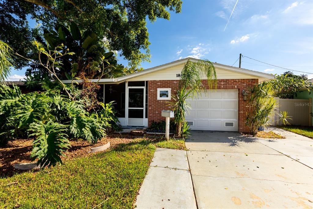 1842 NEW HAMPSHIRE AVENUE NE, ST PETERSBURG FL 33703
