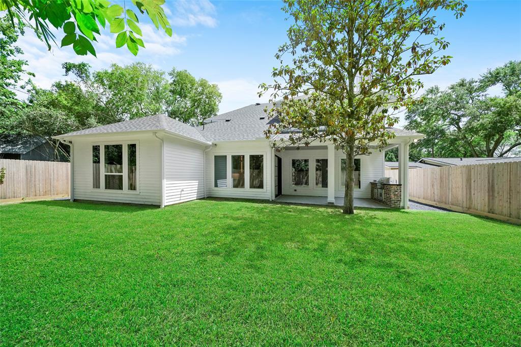 8038 Turquoise Lane, Houston, TX 77055