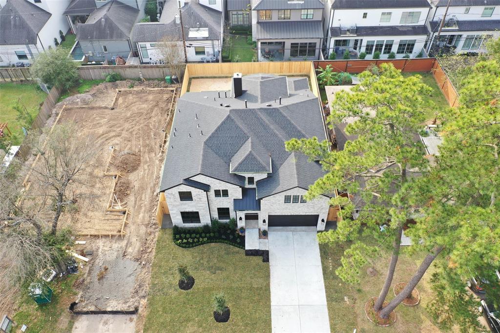 7423 Schiller Street, Houston, TX 77055
