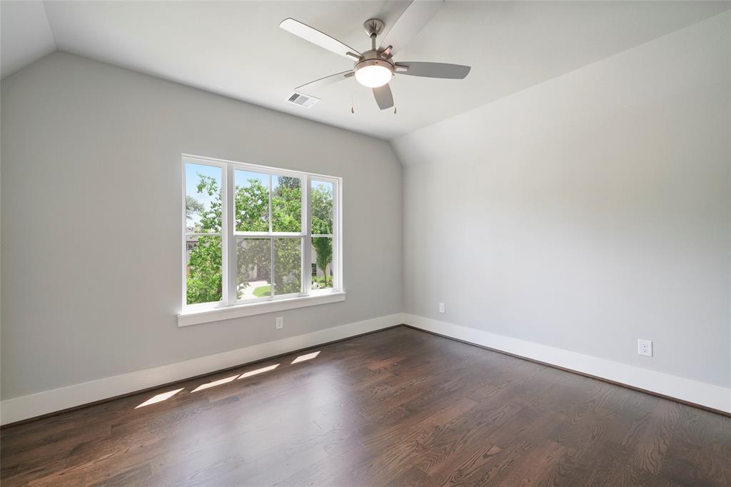 1710 Pine Village Drive, Houston, TX 77080