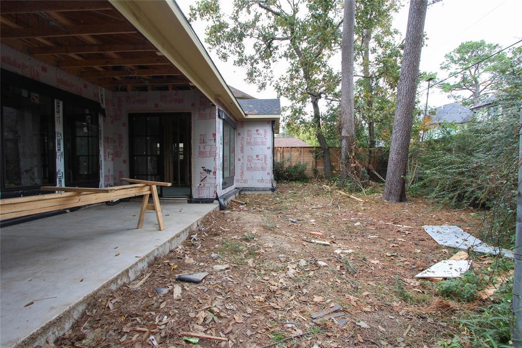 1522 Pine Chase Drive, Houston, TX 77055
