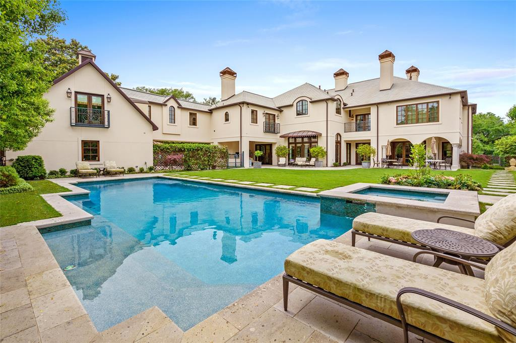 1039 Kirby Drive, Houston, TX 77019 - Property Listing at The Reyna Group