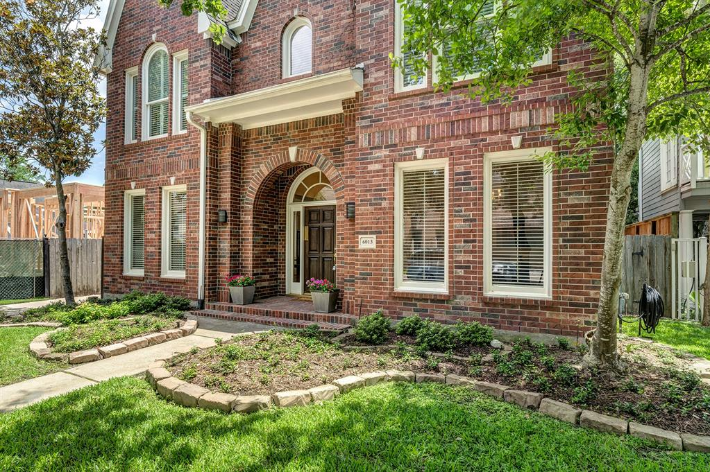 6013 Charlotte Street, West University Place, TX 77005 - Property Listing at The Reyna Group
