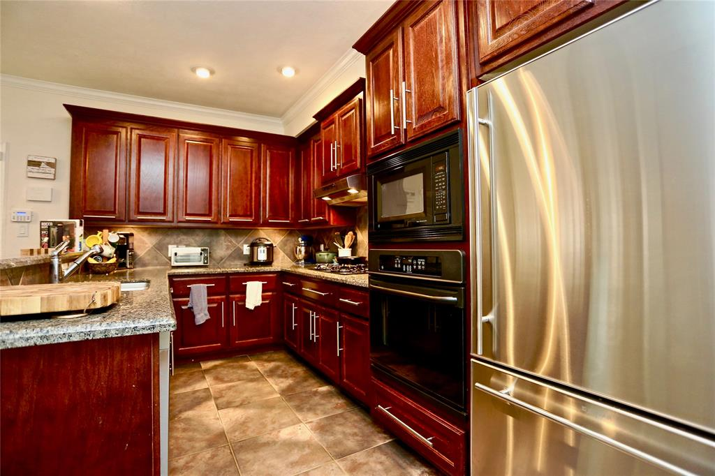 1606 Cohn Street, Houston, TX 77007 - Property Listing at The Reyna Group