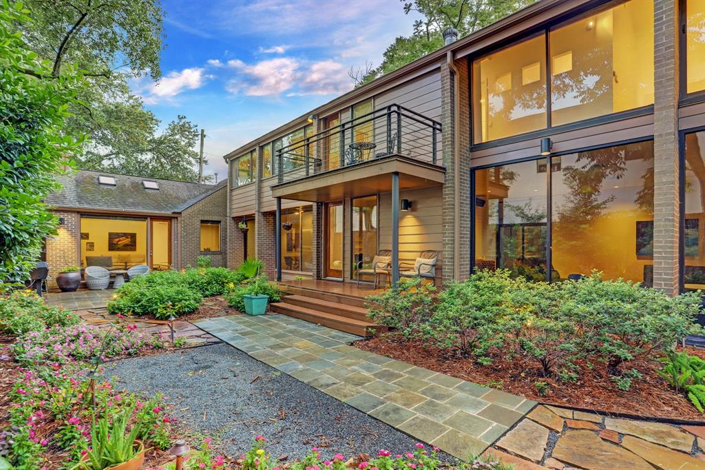 2243 Wroxton Road, Houston, TX 77005 - Property Listing at The Reyna Group