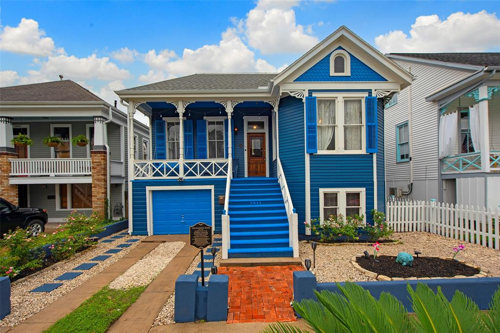 1811 Avenue K , Galveston, TX 77550 - Property Listing at The Reyna Group