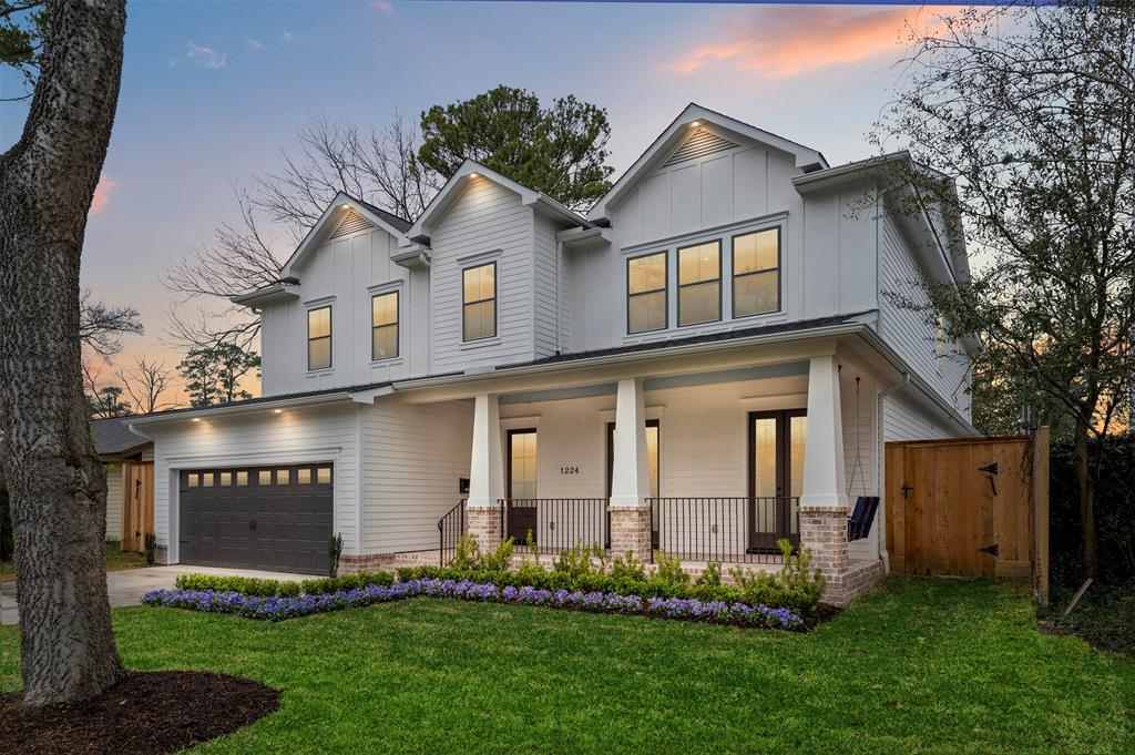 1215 Richelieu Lane, Houston, TX 77018 - Property Listing at The Reyna Group