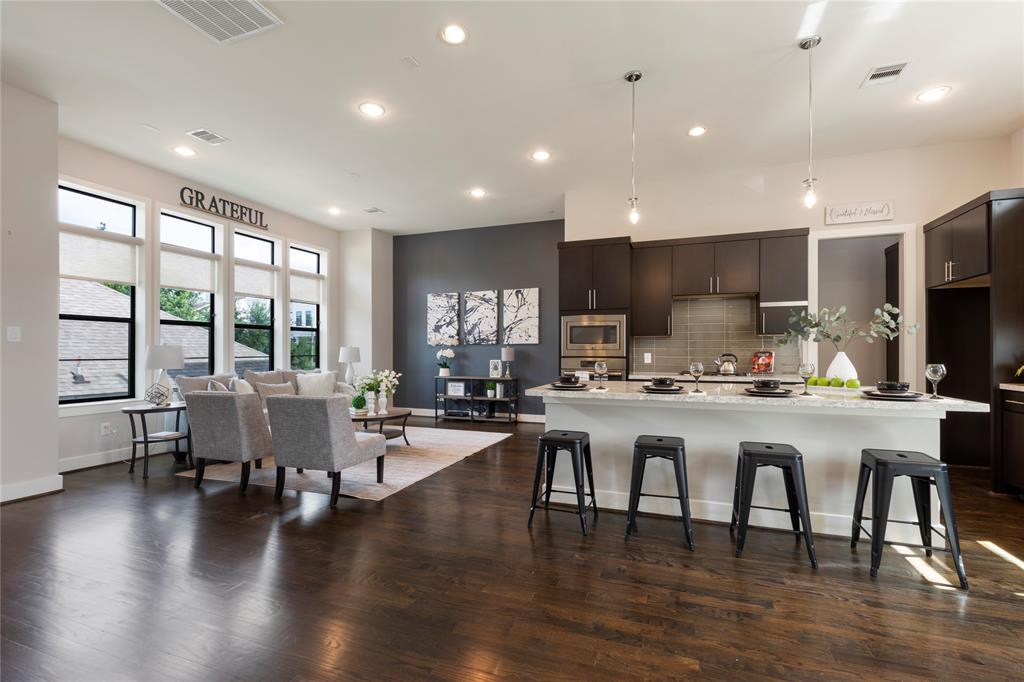 1707 Weber Street, Houston, TX 77007 - Property Listing at The Reyna Group